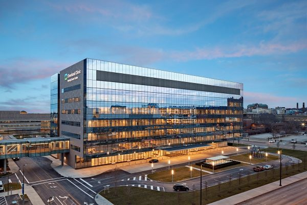 Cleveland Clinic opens new Cancer Center